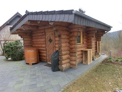 naturstammhaus nrw kundenbeispiel einer finsterbusch naturstamm sauna. Black Bedroom Furniture Sets. Home Design Ideas
