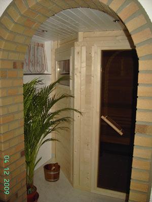 sauna foto der familie schindler. Black Bedroom Furniture Sets. Home Design Ideas