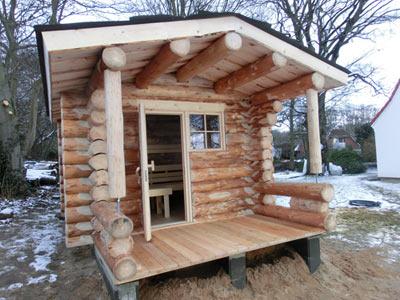 blockhaus schleswig holstein kundenbeispiel einer finsterbusch naturstamm sauna. Black Bedroom Furniture Sets. Home Design Ideas